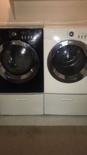 Frigidaire High efficiency stackable Front load washer and dryer