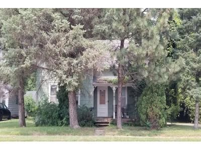 4 Bed 1 Bath Preforeclosure Property in Faribault, MN 55021 - Division St W