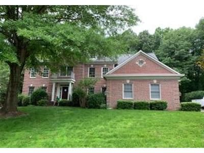 4 Bed 3.1 Bath Foreclosure Property in Burke, VA 22015 - View Park Dr