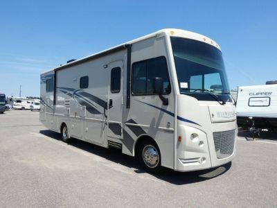 2018 Winnebago Vista 31KE Motor Home Class A