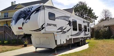 2013 Keystone Raptor 381LEV