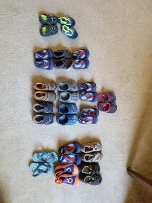 Toddler shoe lot sizes 3, 4, 5, 6, & 7