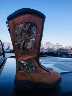 Women s redhead size 8 snake boots
