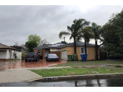 3 Bed 1 Bath Preforeclosure Property in Van Nuys, CA 91411 - Willis Ave