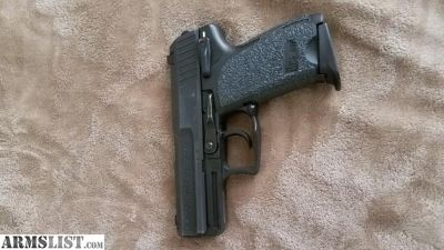 For Sale: HK USP .40 compact