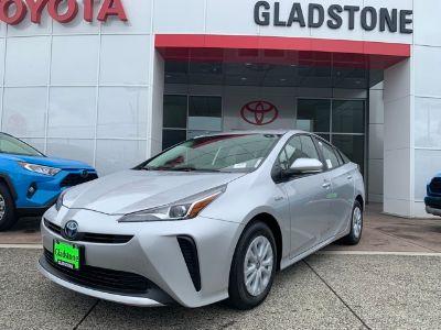 2019 Toyota Prius (Classic Silver Metallic)