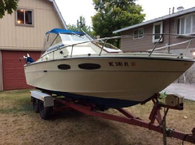 Restored 1971 Sea Ray SRV220 Salmon Fishing Power Boat