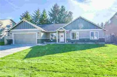 168 Wyatt Dr Kelso Three BR, This home features a wonderful
