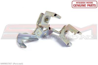 Evo 8 5 speed transmission gear cable bracket