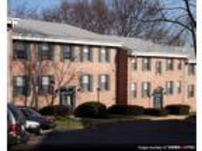 Finian's Court Apartments - Standard Two BR/One BA