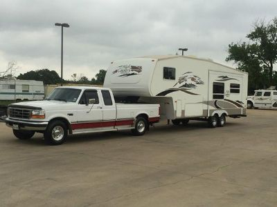 $3,500, 1997 Ford F250 with Fifth wheel Cer