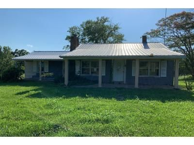 3 Bed 1 Bath Foreclosure Property in De Soto, MO 63020 - State Road H