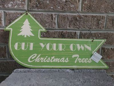 HOLIDAY WOOD GREEN SIGNAGE, $8. KNOXVILLE, 865-242-1512 ...