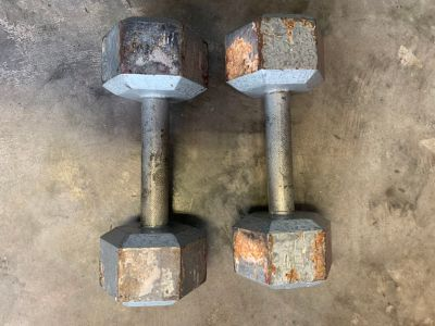 Dumbbells Set 2-15lbs+2-8lbs+2-5lbs (selling all together not separately)