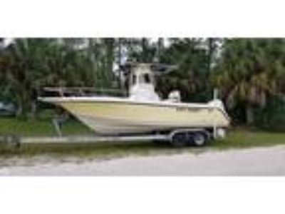2006 Key West 2300 CC Bluewater