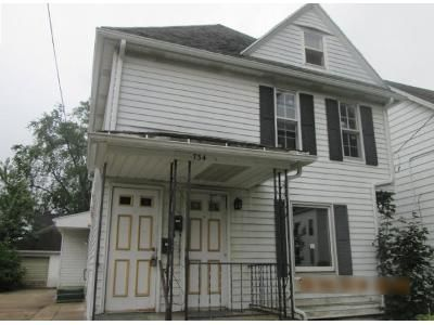 5 Bed 2 Bath Foreclosure Property in Grand Rapids, MI 49504 - Crosby St NW