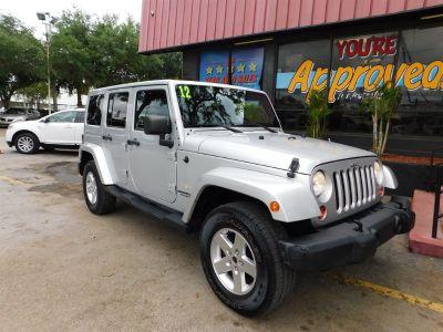 2012 Jeep Wrangler Unlimited Sahara (Grey)