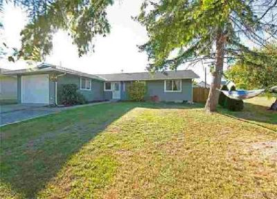 4010 Commercial Ave Anacortes, This beautiful Three BR home