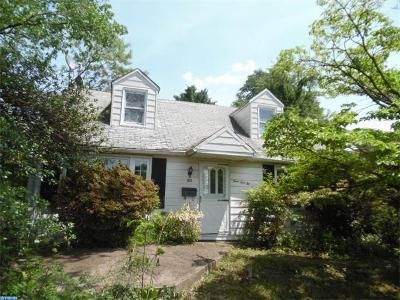 3 Bed 1 Bath Foreclosure Property in Hatboro, PA 19040 - N York Rd