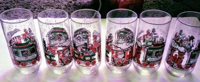 Pick up now$40 obo 70s set of 6 mccrory xmas coca cola glasses