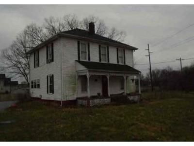 4 Bed 1.5 Bath Preforeclosure Property in Franklin, OH 45005 - Fairview Dr