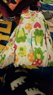 Carter's size 7 zip up footed pjs