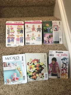 Doll clothes and Toy patterns lot