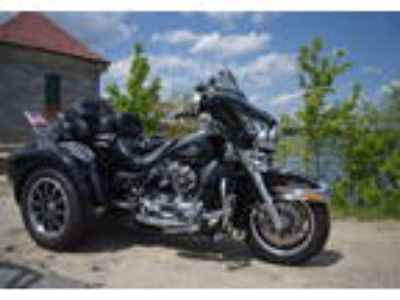 1999 Harley-Davidson FLHT-Electra-Glide-Standard-Trike Touring in East Weymouth
