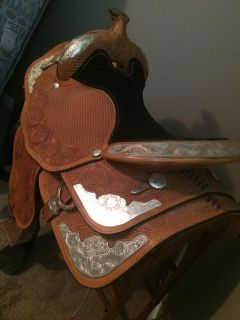 Circle Y 15 saddle for sell.