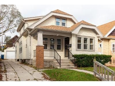 3 Bed 2 Bath Foreclosure Property in Milwaukee, WI 53210 - N 59th St