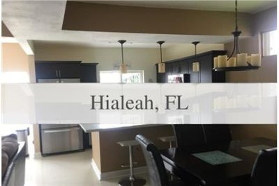 3 bedrooms House - Upgraded home with new kitchen cabinet.