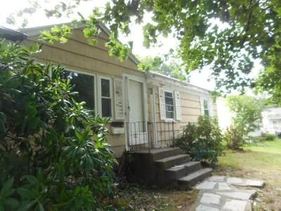 3 Bed 1 Bath Foreclosure Property in Brockton, MA 02302 - Sherman St