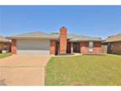 Abilene Real Estate Home for Sale. $166,500 3bd/Two BA. - Valarie Kennedy of
