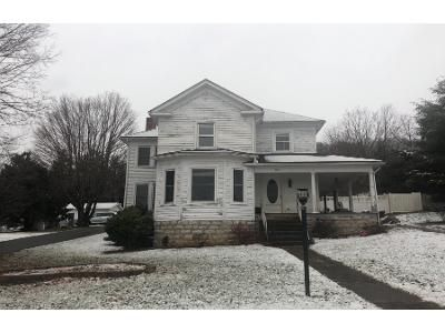 4 Bed 1 Bath Preforeclosure Property in Lebanon, VA 24266 - W Banner St