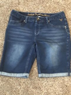 Justice jean shorts size 16-1/2