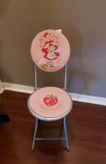 """Strawberry Shortcake FOLD OUT Seat Chair Child's Size 34"""" Height when folded up"""