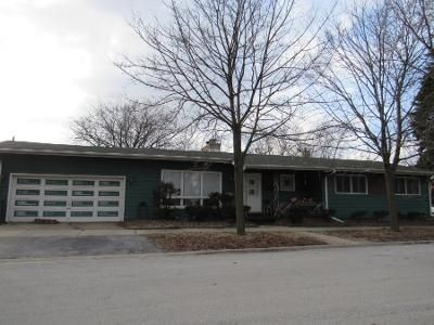 3 Bed 2 Bath Preforeclosure Property in Lansing, IL 60438 - Bernice Rd