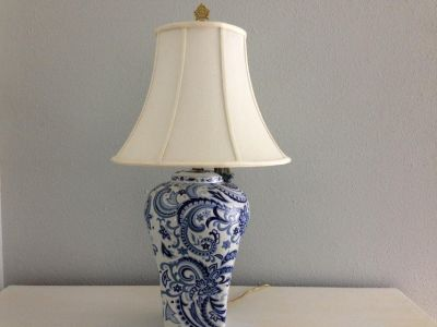 Beautiful Blue and White Paisley Embossed Table Lamp