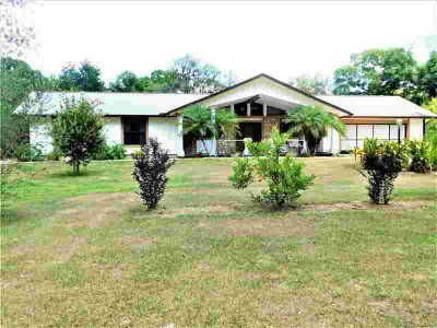 331 N Hebrides Point Inverness, beautiful pool home on 1.5