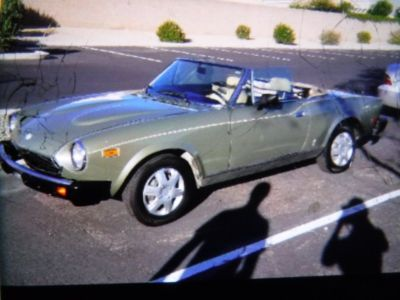 **Arizona Select Rides ** 1981 Fiat Spyder 124 Convertible **