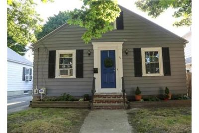 Spacious 2 bedroom single family home