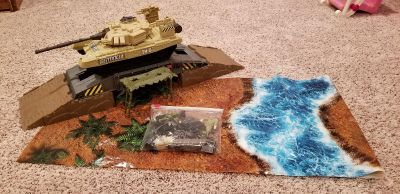 Tank, play mat, and action figures. Barely used. EUC!