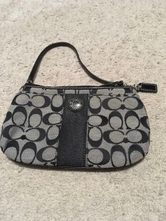 *NEW* Small Signature Coach Purse with Zip Top Closure