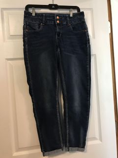 Capri jeans from Cato SEE DESCRIPTION FOR MEET TIMES