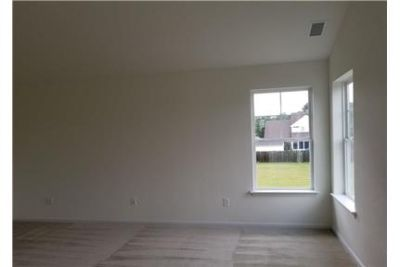 2,257 sq. ft. - come and see this one. Washer/Dryer Hookups!