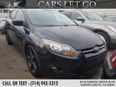 2012 Ford Focus Titanium (Sterling Grey Metallic)