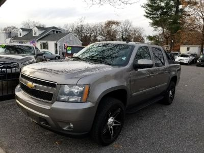 $16,500, Gray 2007 Chevrolet Avalanche $16,500.00   Call: (888) 282-0047