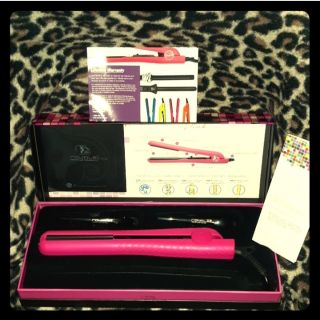 Royale Pro Hot Pink Classic Flat Iron