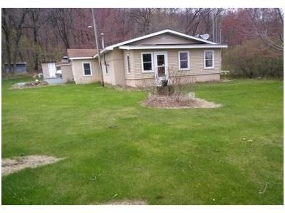 2 Bed 2 Bath Foreclosure Property in Mauston, WI 53948 - Townline L L Rd