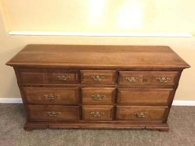 Solid Wood Dresser and 2!Night Stands